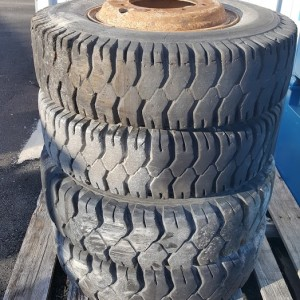 4 pneus lift