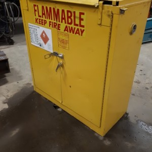 armoire inflammable
